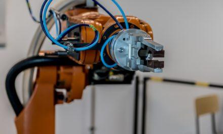 Attention, Benoit Hamon ! Taxer un robot, taxer le patrimoine, lancer un Revenu d'Existence peuvent apporter le meilleur ou le pire.
